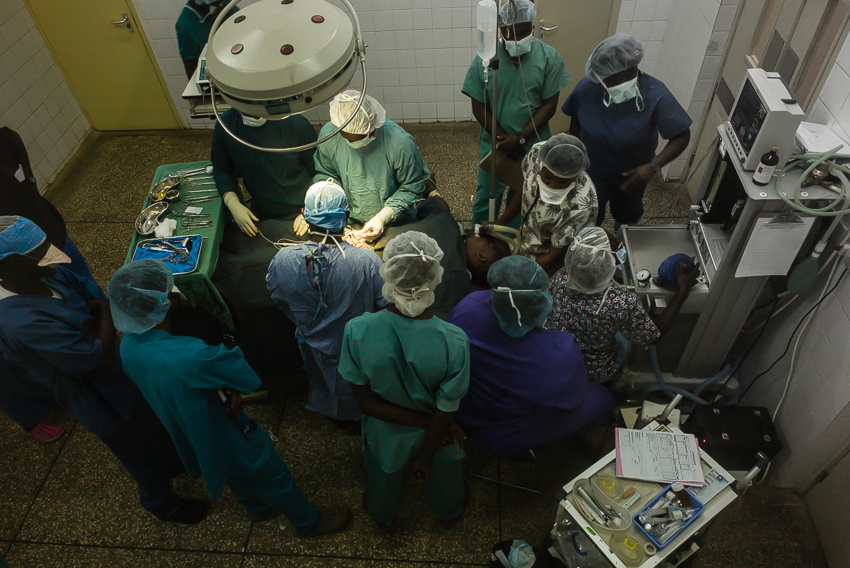 An operating theater at Connaught Hospital in Freetown, Sierra Leone (photo: Steve Rudy)